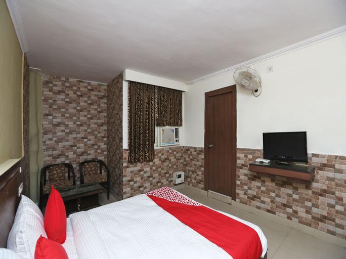 OYO 13672 Hotel Dhruv, Rewari