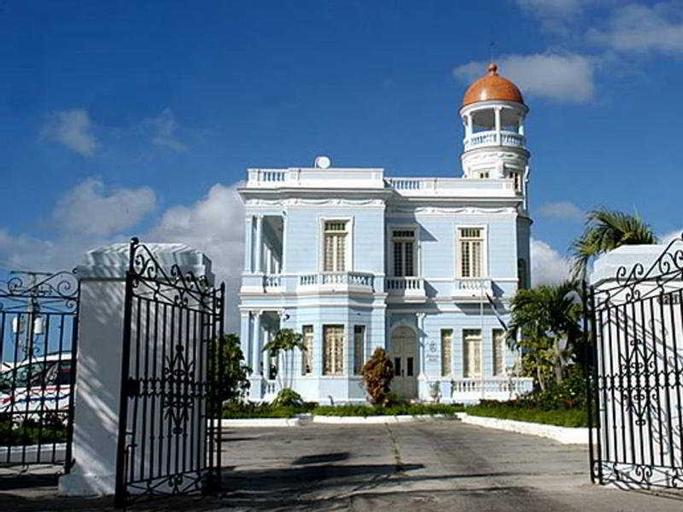 Palacio Azul, Ciefuegos