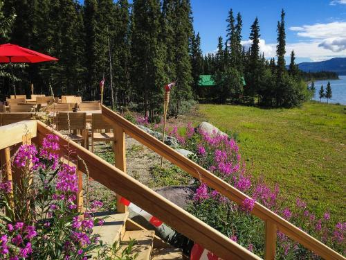 Southern Lakes Resort, Yukon
