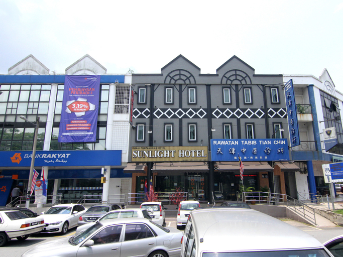 OYO 429 Sunlight Hotel, Kulaijaya