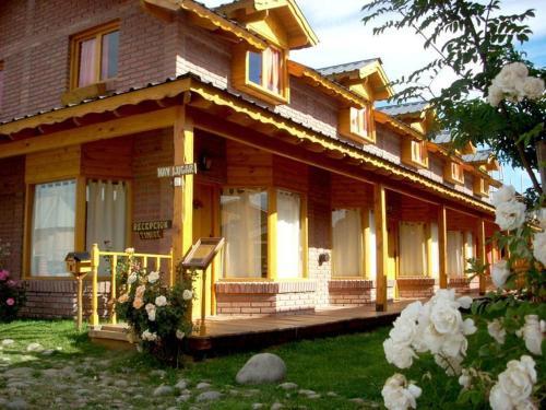 Santos Lugares Cabanas, Huiliches