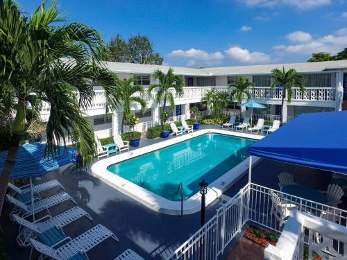 May-Dee Suites in Florida, Broward