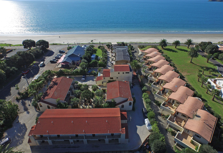 Onetangi Beach Apartments, Auckland