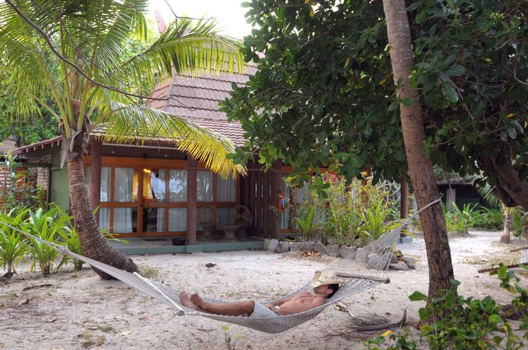 Treasure Island Resort, Ba