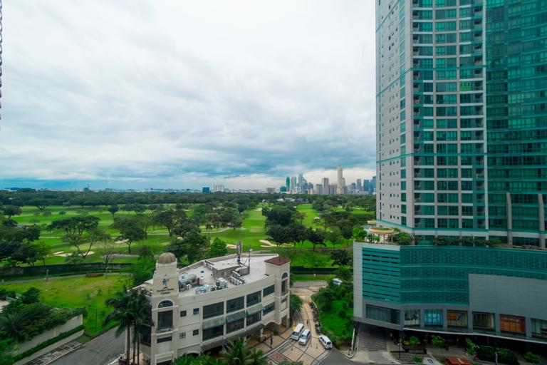 ZEN Home Forbeswood Parklane BGC, Makati City