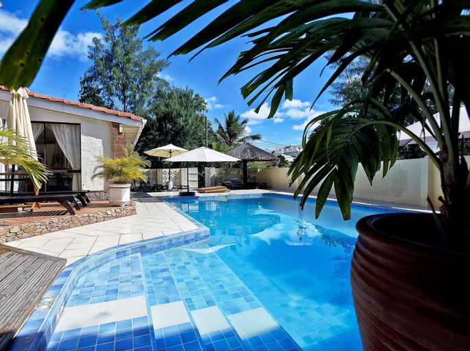 Villa With 5 Bedrooms in Machabee, With Pool Access, Enclosed Garden a,