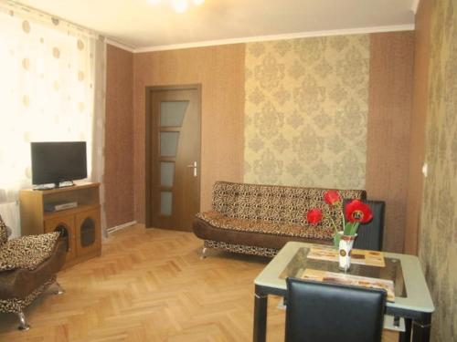 Elena Apartments, Gori