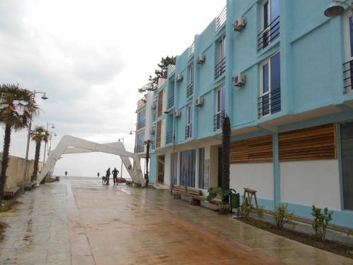 Magnetic Sand Hotel, Ozurgeti