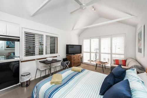 The Orient Cabin, Fremantle
