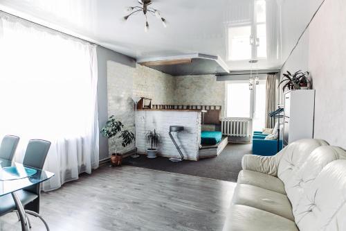 Suvorov's Apartment, Kobryn'