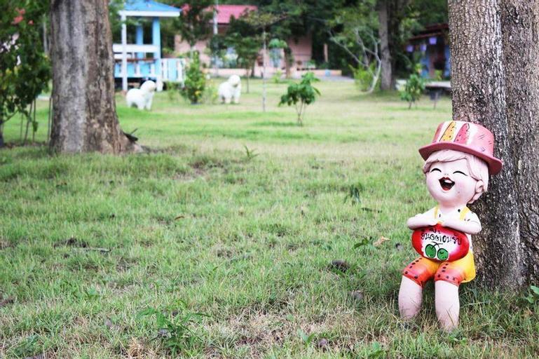 Baan Aoonjai Resort, Suan Phung