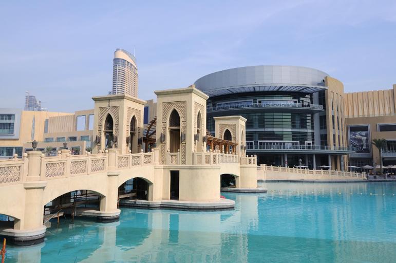 Faraway Homes - Burj Views Luxury,