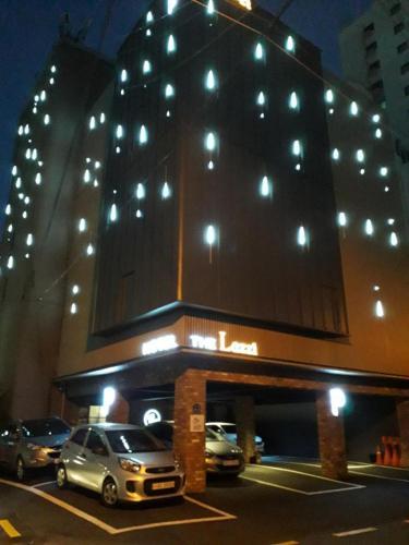 HOTEL THE Lazzi, Geumjeong