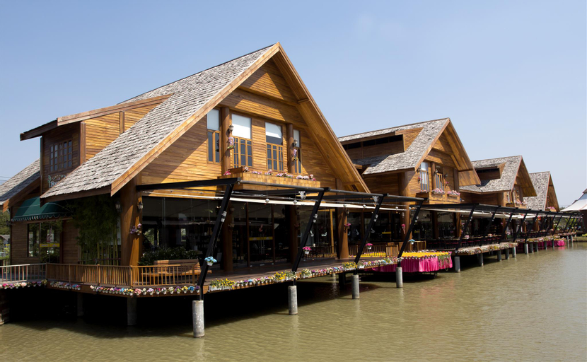 Best Centric Sea suite, Pattaya