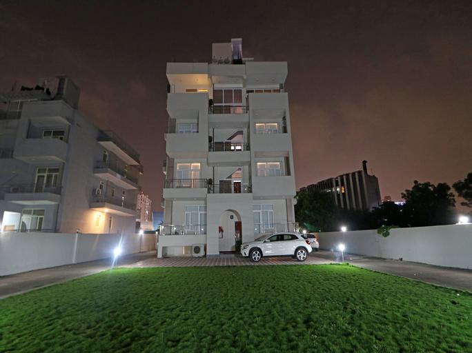 OYO 17035 Arkaya, Gurgaon