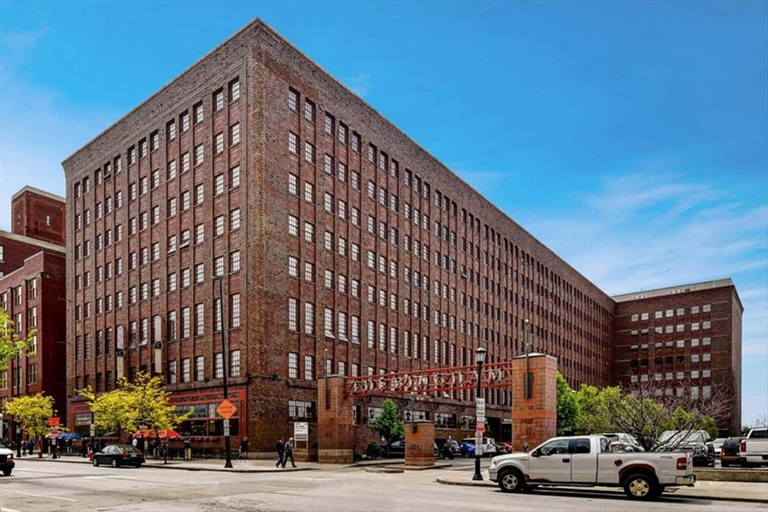 Global Luxury Suites in Downtown Cleveland, Cuyahoga