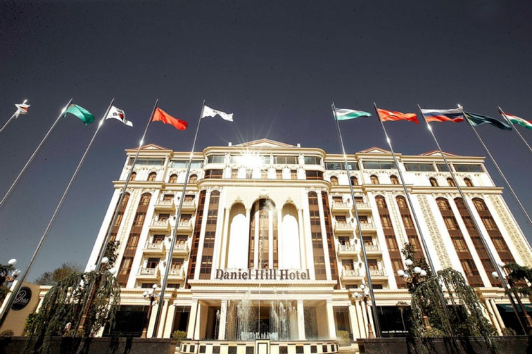 Daniel Hill, Tashkent City