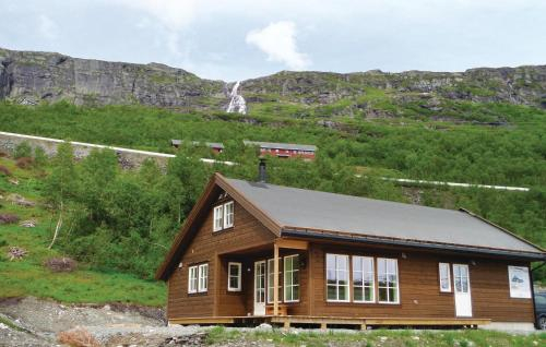 Six-Bedroom Holiday Home in Roldal, Odda