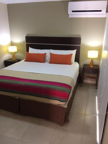 Apart Hotel Lo de Carilo, Capital