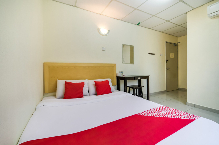 OYO 301 River Inn Hotel, Seberang Perai Utara