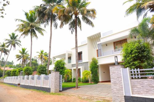 Shamrock Home Stay (5-Bedroom Bungalow), Pathanamthitta