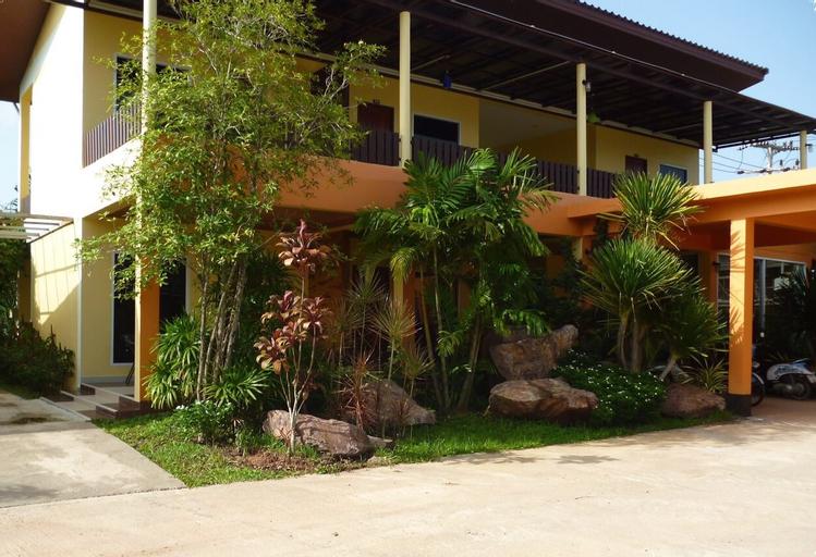 Tharadol Resort, Muang Chumphon