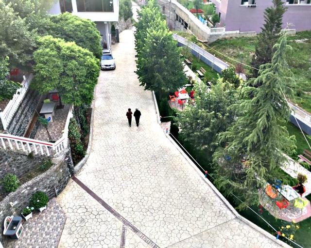 Hotel Boci, Elbasanit