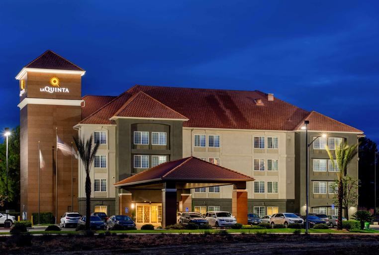 La Quinta Inn & Suites Fresno Riverpark, Fresno
