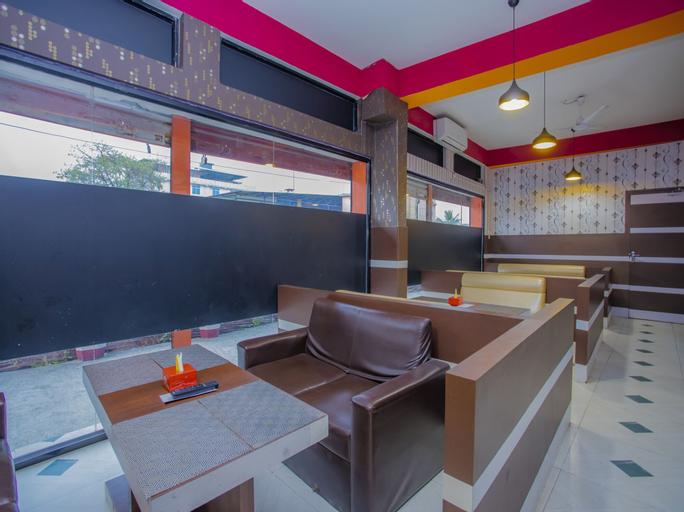 Premier Hotel Lounge And Restaurant, Koshi