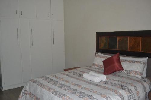 Cycad Lodge, Buffalo City