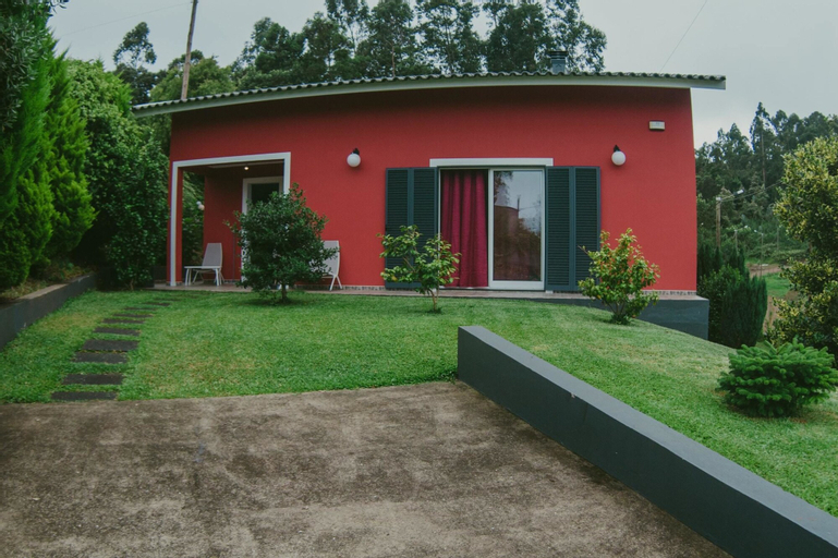 House With 3 Bedrooms in SAO Jorge-santana, With Wonderful Mountain View, Enclosed Garden and Wifi - 1 km From the Beach, Santana