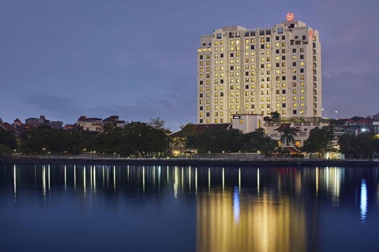 Sheraton Hanoi Hotel, Tây Hồ