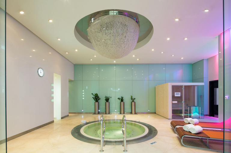 Dubai International Hotel, Dubai Airport,