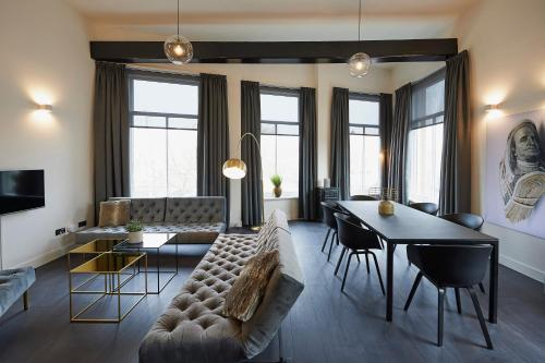 """DE BANK"" - Hotel Apartments, Harlingen"