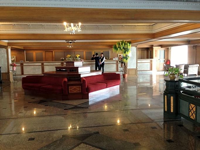 Suda Palace, Phaya Thai