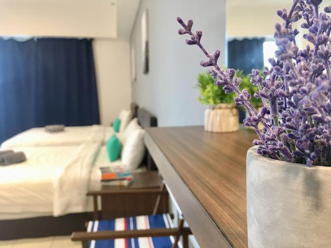 Jio Suites Aeropod Big Quadruple Rooms, Kota Kinabalu