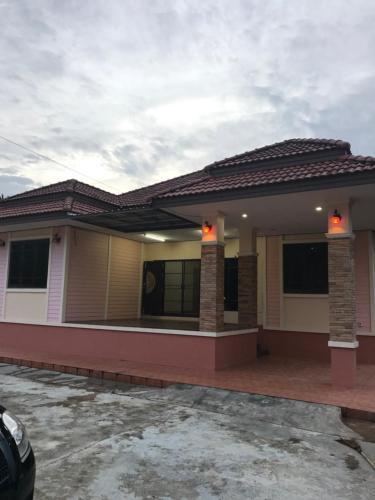 Arak Home, Muang Chumphon