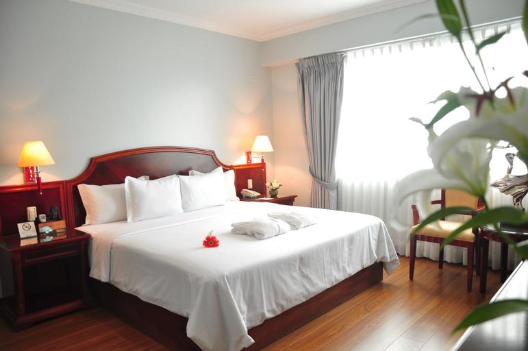 Kingdom Hotel, Lima