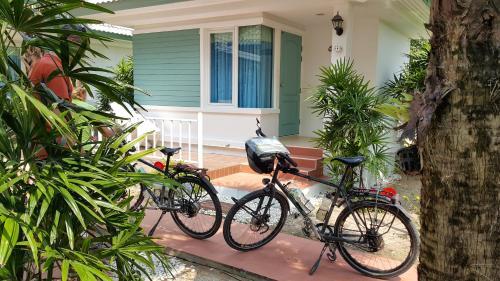 Vipha Ville Resort, Thap Sakae