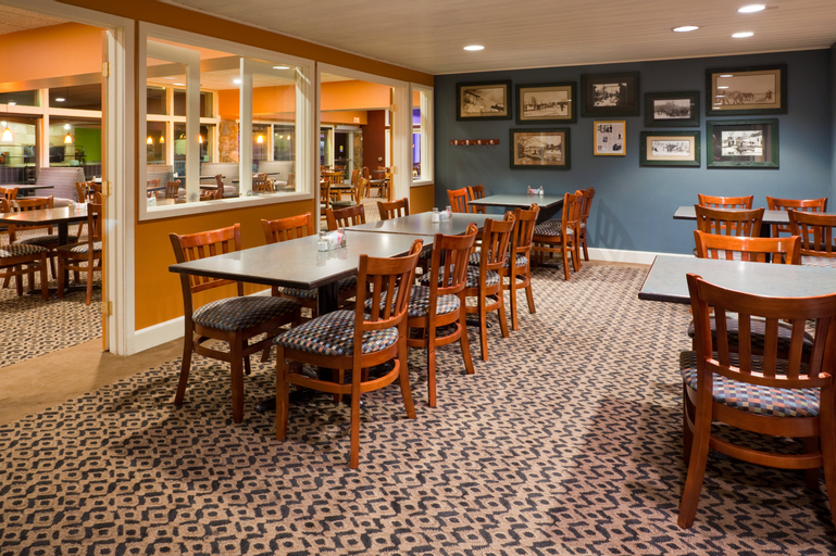 Holiday Inn Detroit Lakes (Lakeside), Becker