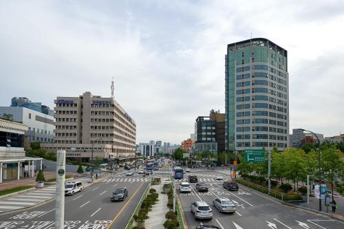 Seoul STN Chloe, Jongro