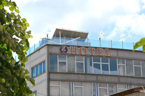 Bolero Hotel, Uroševac