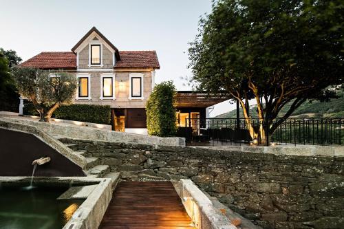 Quinta de S. Bernardo Winery & Farmhouse, Mesão Frio