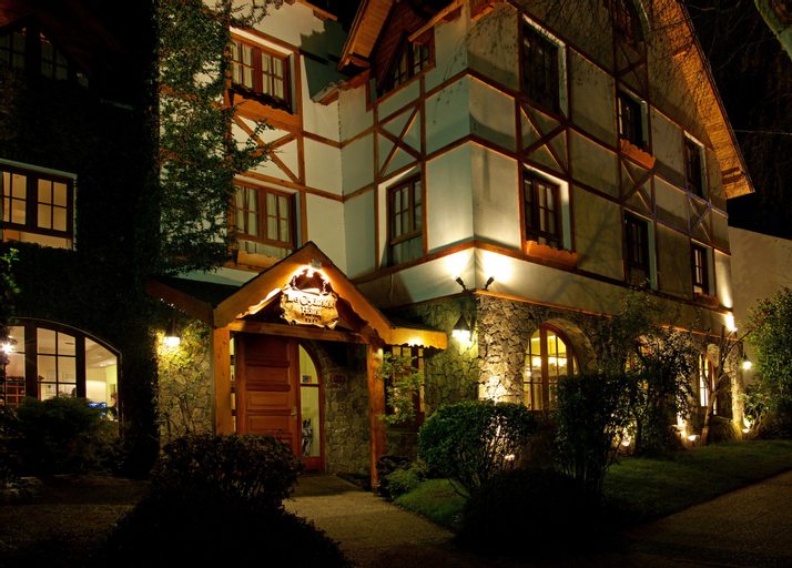 Le Chatelet Hotel, Lacar