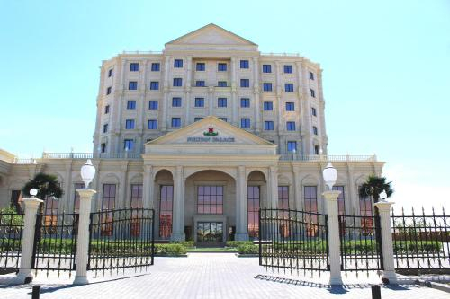 Sultan Palace Hotel, Makhambetskiy