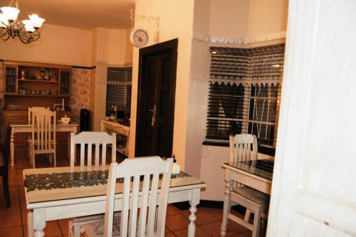 Jakkalsdraai Guest House, Dr Kenneth Kaunda