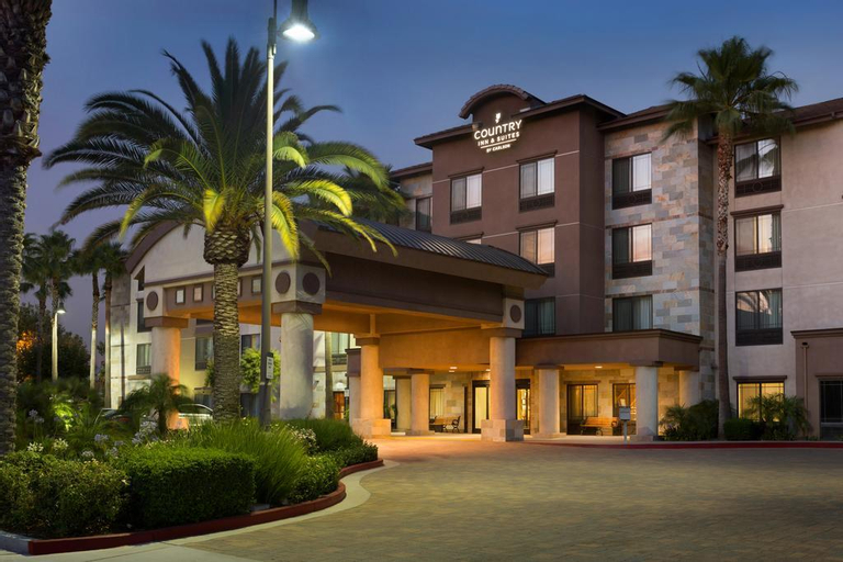 Country Inn & Suites by Radisson, Ontario at Ontario Mills, CA, San Bernardino