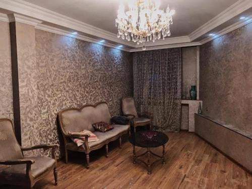 Nesi Rooms, Batumi