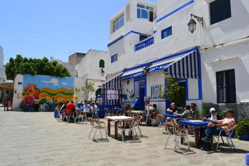 Al Madina Ahibbak, Tanger-Assilah