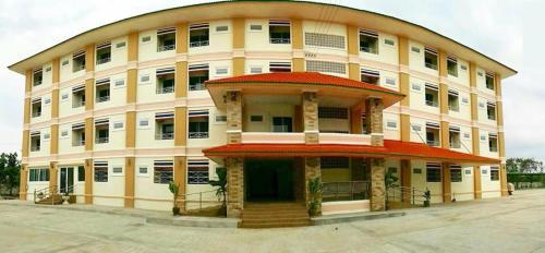 Chalermlak HotelSurin, Muang Surin